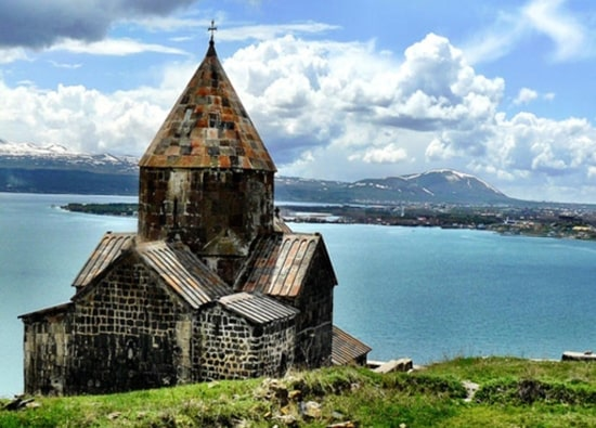Excursion to Lake Sevan - Dilijan - Haghartsin monastery - Goshavank monastery Զորաց քարեր (Քարահունջ)