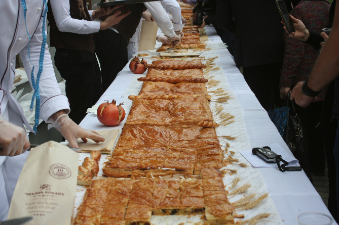 The world's longest gata tasted in Yerevan