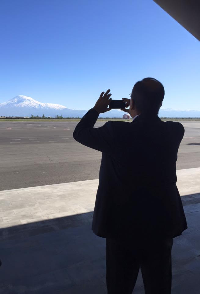 Sergey lavrov mount Ararat - tours to Armenia