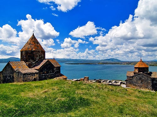 Armenia's Lake Sevan in top 5 best resorts for CIS member states