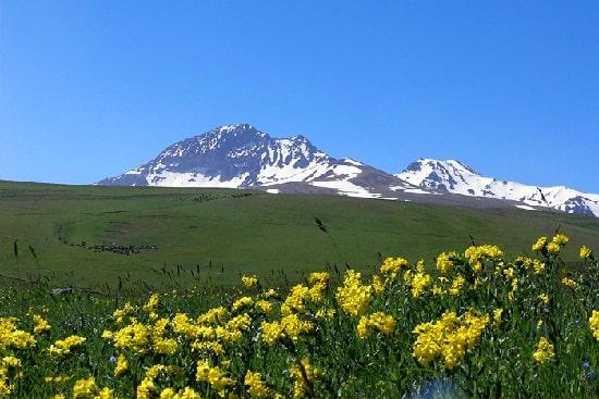 Горный тур - Восхождение (подъем) на гору Арагац, активный отдых