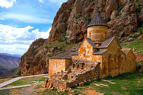 Cheap tours in Armenia, excursion trip